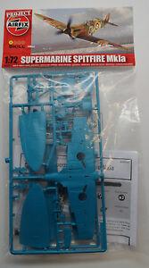 Airfix Supermarine Spitfire Mk1a 1:72 Scale Plastic Model Airplane A76502