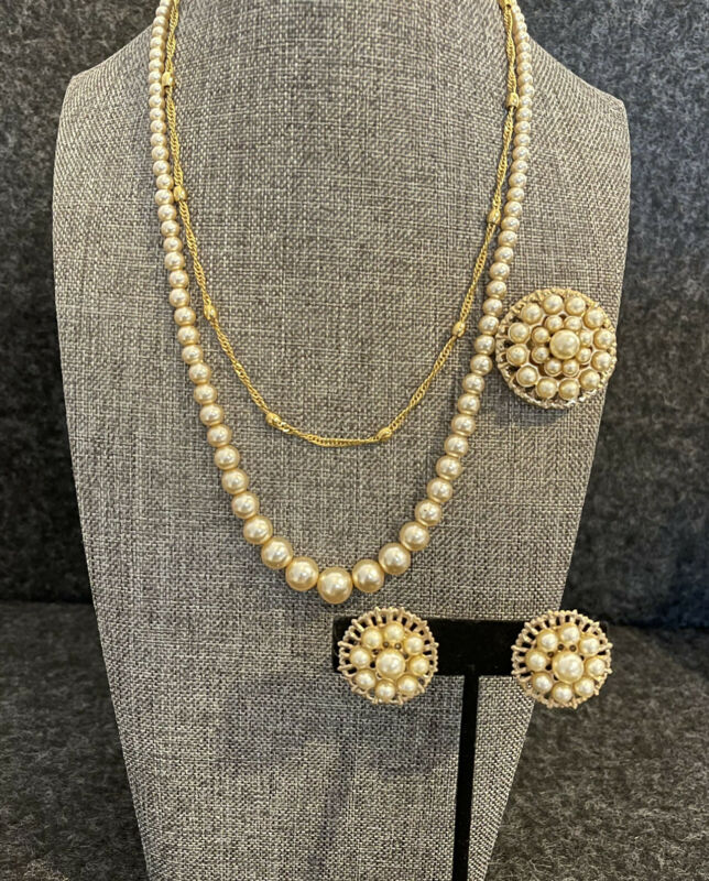 Vintage Pearl Brooch Screw Back Earrings Matching Pearl Necklace Napier Chain