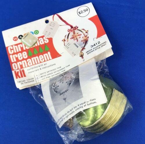 Walco Christmas Ornament Kit 3412B Moss Green Amber Trim Beaded Vintage