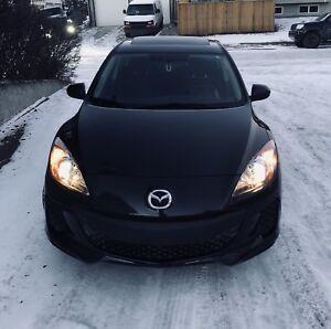 2013 Mazda3 Skyactive/Low Kms/Remote Starter/Sunroof