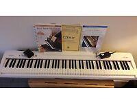 Roland FP-30 88 KEY Digital Piano, White