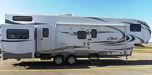 2012 Keystone Cougar 324RLB 5th Wheel RV