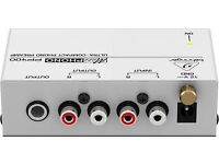 Behringer PP400 Compact phono preamp.