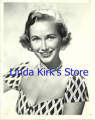 Phyllis Avery Promotional Photograph