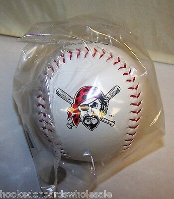 Pittsburgh Pirates Team Logo Ball (1 Dozen of 12 Pittsburgh Pirates Team Logo Ball MLB Baseball Rawlings )