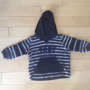 Chandail Tommy Hilfiger - 12 mois