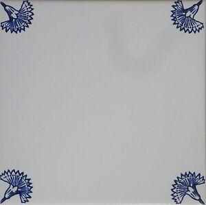 fliesen delfter art dekor blau wei kachel 15x15cm mit eckdekoren nelken. Black Bedroom Furniture Sets. Home Design Ideas