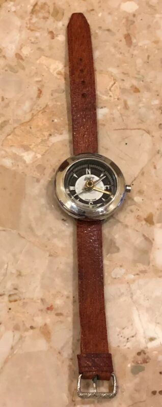 """Vintage Pocket Comet Compass Leather Strap Silver Face Made In Japan 9"""""""
