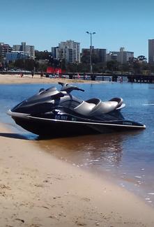 2010 Yamaha Waverunner VX Cruiser Jetski