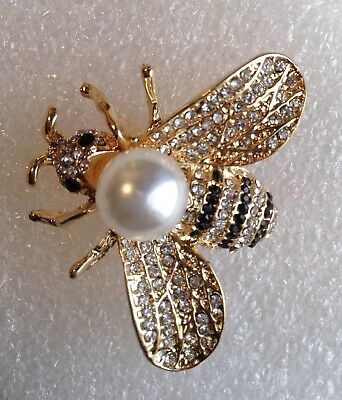 HONEY BEE BROOCH PIN White Pearl / Crystals / Gold-tone Alloy
