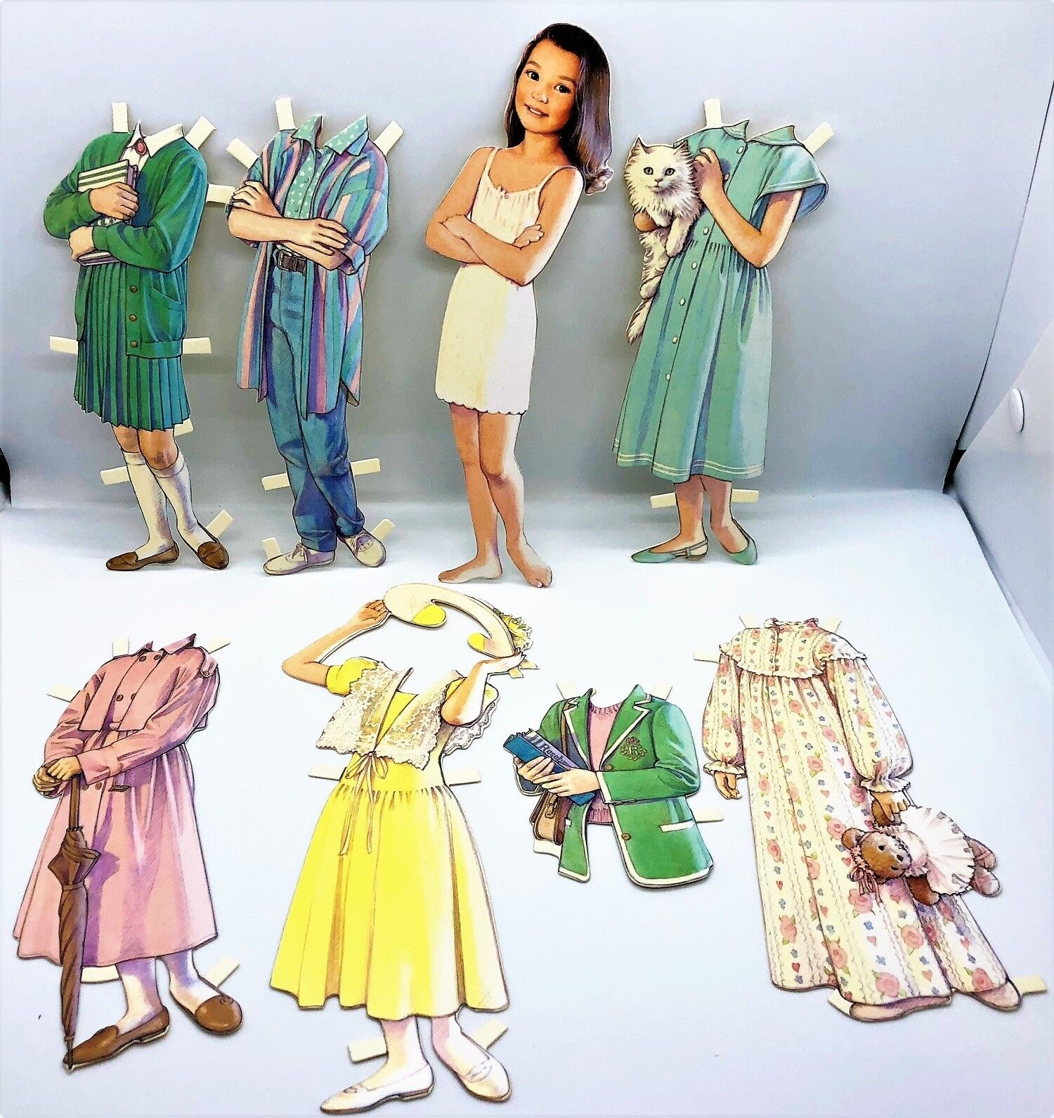 """ICE SKATE BETH PAPER DOLL  8/"""" Die cut Doll 7 Outfits MINT//Sealed B.Shackman Co"""