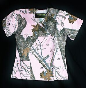 New-Mossy-Oak-Pink-Camo-Scrub-Top-with-2-pockets-medical-vet-hospital