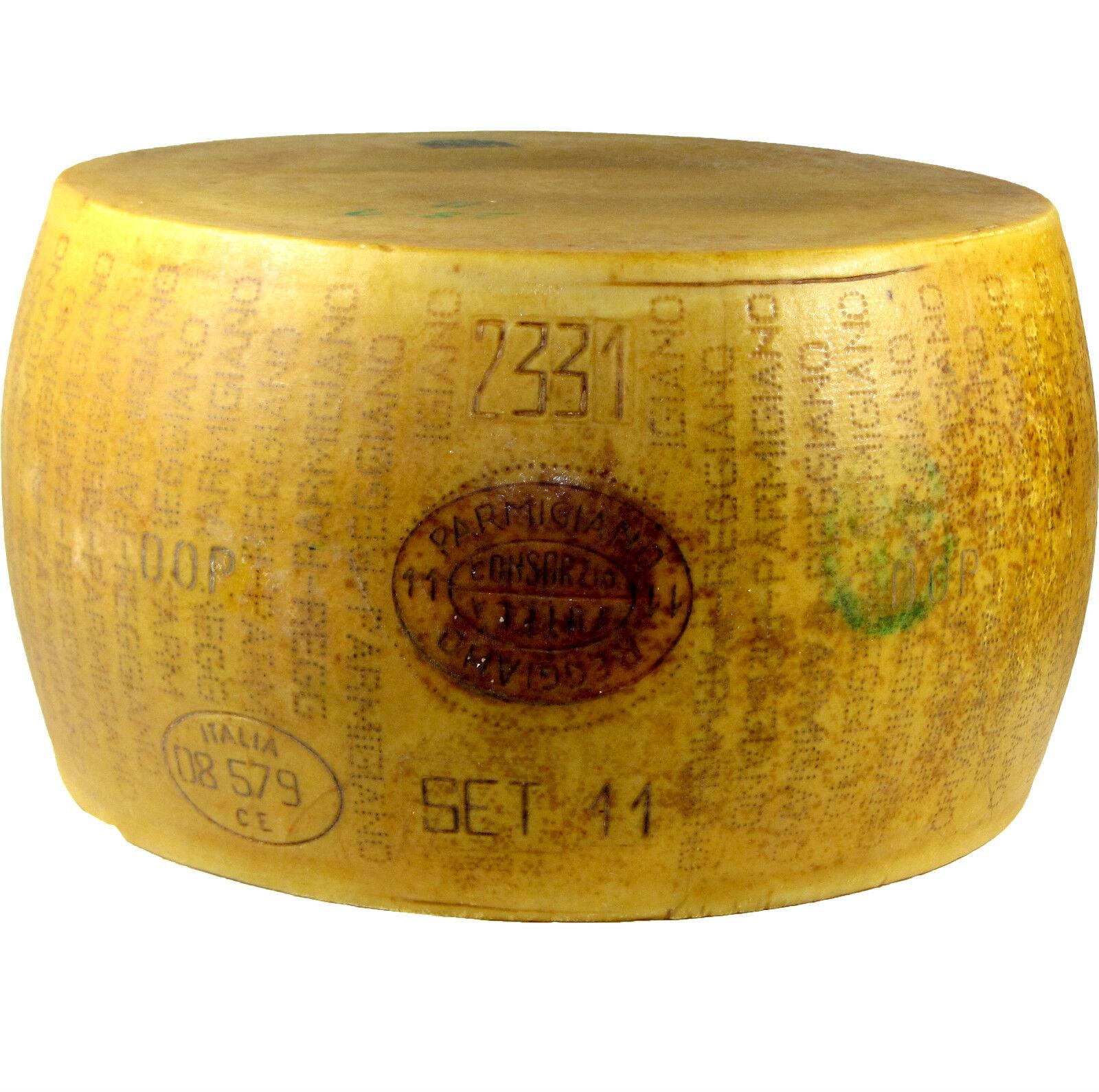 Parmigiano Reggiano mind 36 Monate Italienischer Hartkäse Parmesan (€32,90/Kg)