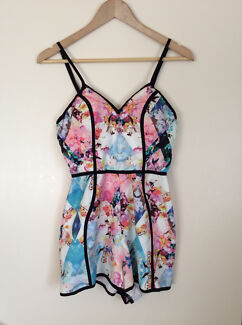 POPCHERRY PLAYSUIT SIZE 8 Finley Berrigan Area Preview