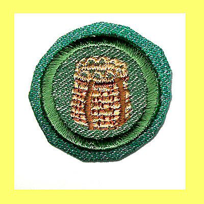 CAMPCRAFT 1948 Girl Scout Crimped Badge Basket Weaving EUC Patch VOLUME DISCOUNT - Discount Baskets