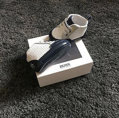 Hugo Boss baby boy leather shoes trainers Size Eu 17 / U.K. 1/3-6 months