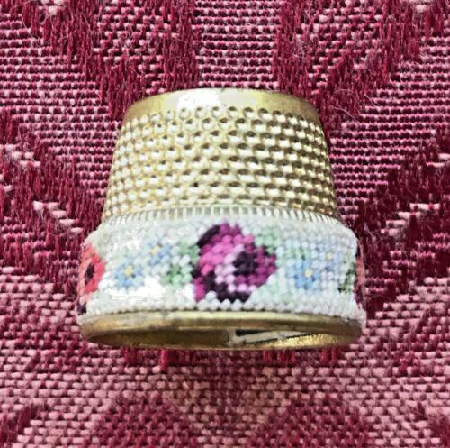🌺 Vintage Open Top Thimble Petit Point Flowered Band Gold Tone Austria