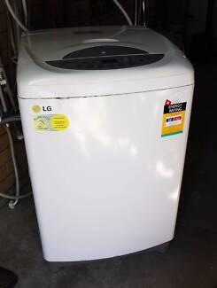 6.5kg L.G top load washing machine