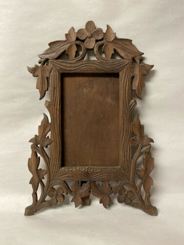 ANTIQUE CARVED WOOD BLACK FOREST EASEL BACK PICTURE FRAME LEAVES FLOWERS