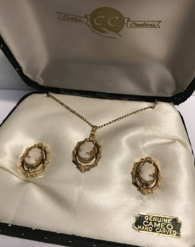 Vintage Curtis Creations 12K GF Hand Carved Shell Cameo Necklace & Earrings Set