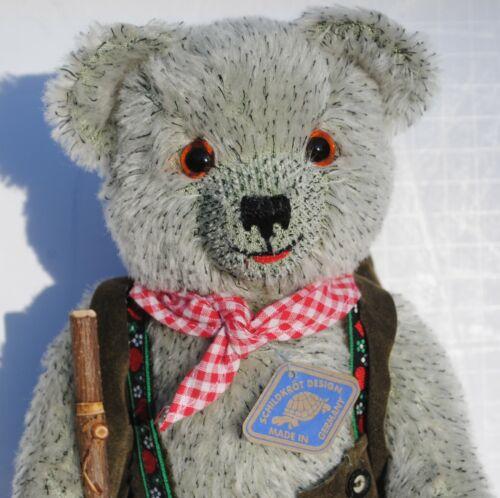 """Schildkrot Design German Bear Growler 12"""" Toy"""