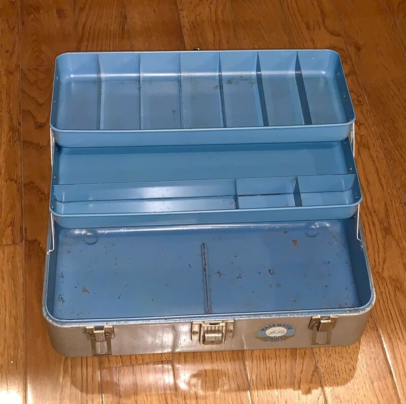 """VINTAGE WATERTITE UNION CHEST TACKLE BOX  14.5"""" x 7.5"""" x 7"""", Model 8414, 2 trays"""