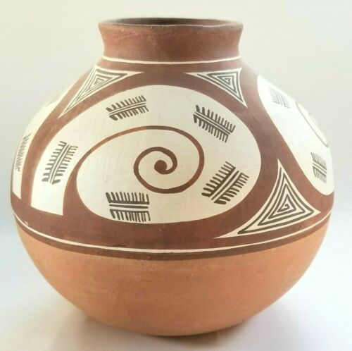Quibor Lara Pottery Venezuela Pottery Native South American Vase Pot Signed