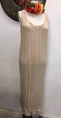 Vintage 80's Classique Pleasted long lace dress,Mexican,Danes,Cinco De Mayo