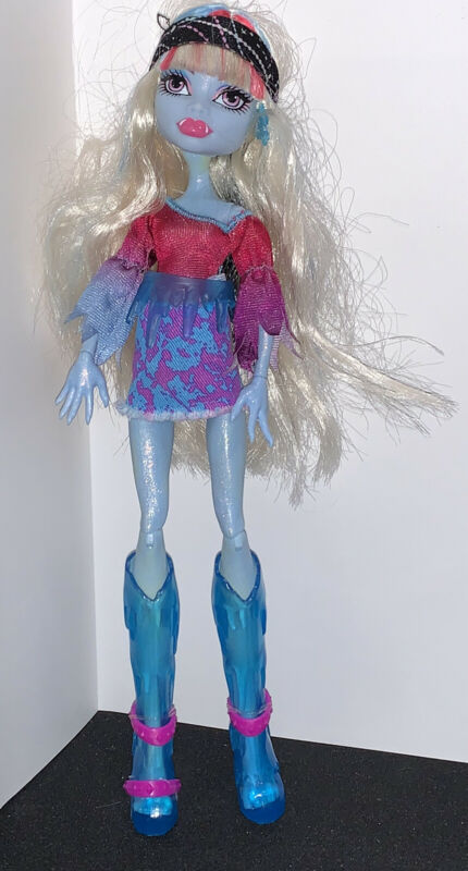 "Monster High 11"" Doll MUSIC FESTIVAL ABBEY BOMINABLE Abby Snow Monster Ice"
