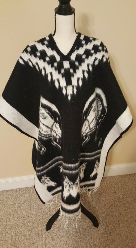 Poncho Western  Reversible Black & White,Warm Pre owned