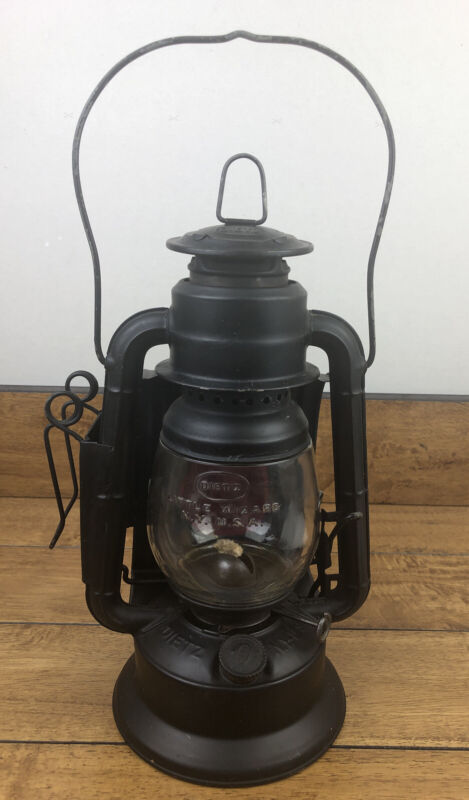 Vintage Dietz Little Wizard Kerosene Railroad Lantern with Red Reflector