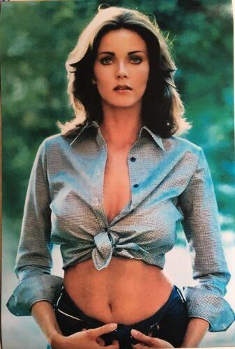 "Lynda Carter Very Sexy / Wonder Woman 12"" x 18"" Collectible Poster Photo Print"