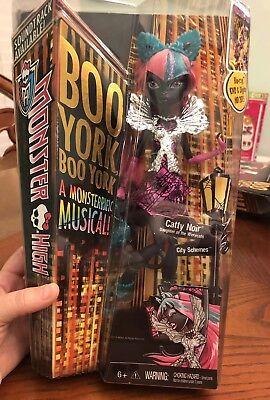 Monster High Catty Noir Doll NEW NIB Boo York