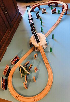 EUC Polar Express Lionel Wooden Train Set Imaginarium Lionel Christmas Tree
