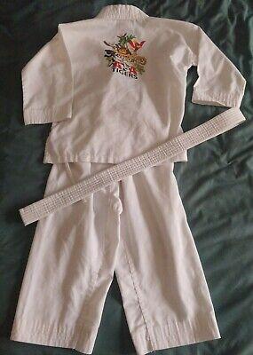 Karate Uniform Costume Gi Kids Size 000 (4)White With Belt