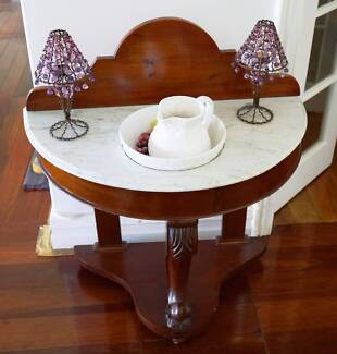 Mahogany Wash Stand with jug and basin.  Excellent condition: