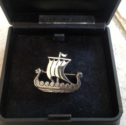 ORTAK SCOTLAND STERLING SILVER VIKING SHIP PIN BROOCH