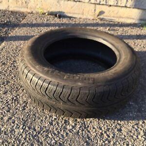 Pneu été Pirelli 175/65R14