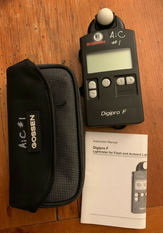 Gossen DigiPro F Light Meter MInt Condition With Case And Manual