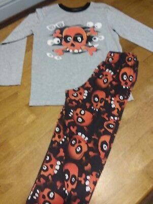 Boys Skeleton Pyjamas (Circo pajamas boys size Medium Skeletons and eyeballs,)