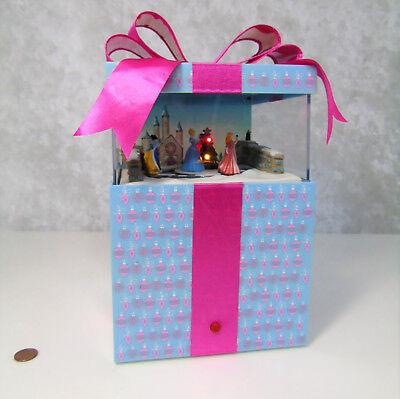 Disney Princess CHRISTMAS MAGIC MUSIC BOX Present Decor Motion Lights by Gemmy  Princess Christmas Lights