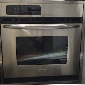 Frigidaire Electrolux convection wall oven Basically new