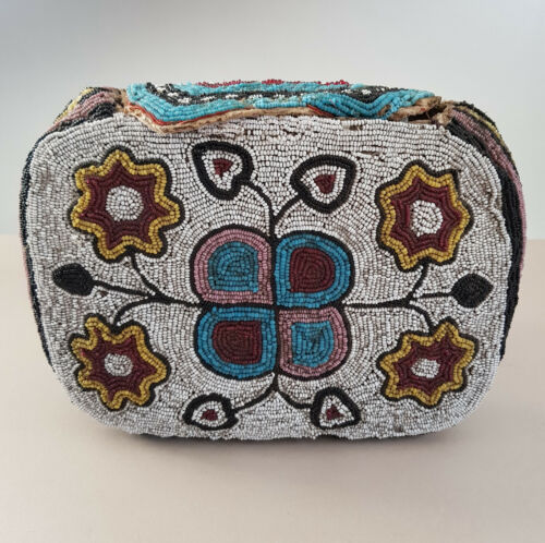 Great Antique Northern Plains/ Plateau Fully Beaded Purse or Bag, circa 1900.