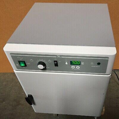 Agilent Technologies G2545a Microarray Hybridization Oven