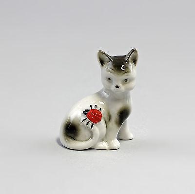 Porzellanfigur Kleine Katze mit Marienkäfer Wagner&Apel H5cm 42658