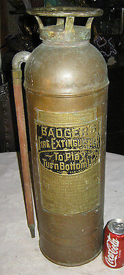 ANTIQUE INDUSTRIAL BADGERS COPPER FIRE MAN FIGHTER HOSE TOOL EXTINGUISHER STATUE