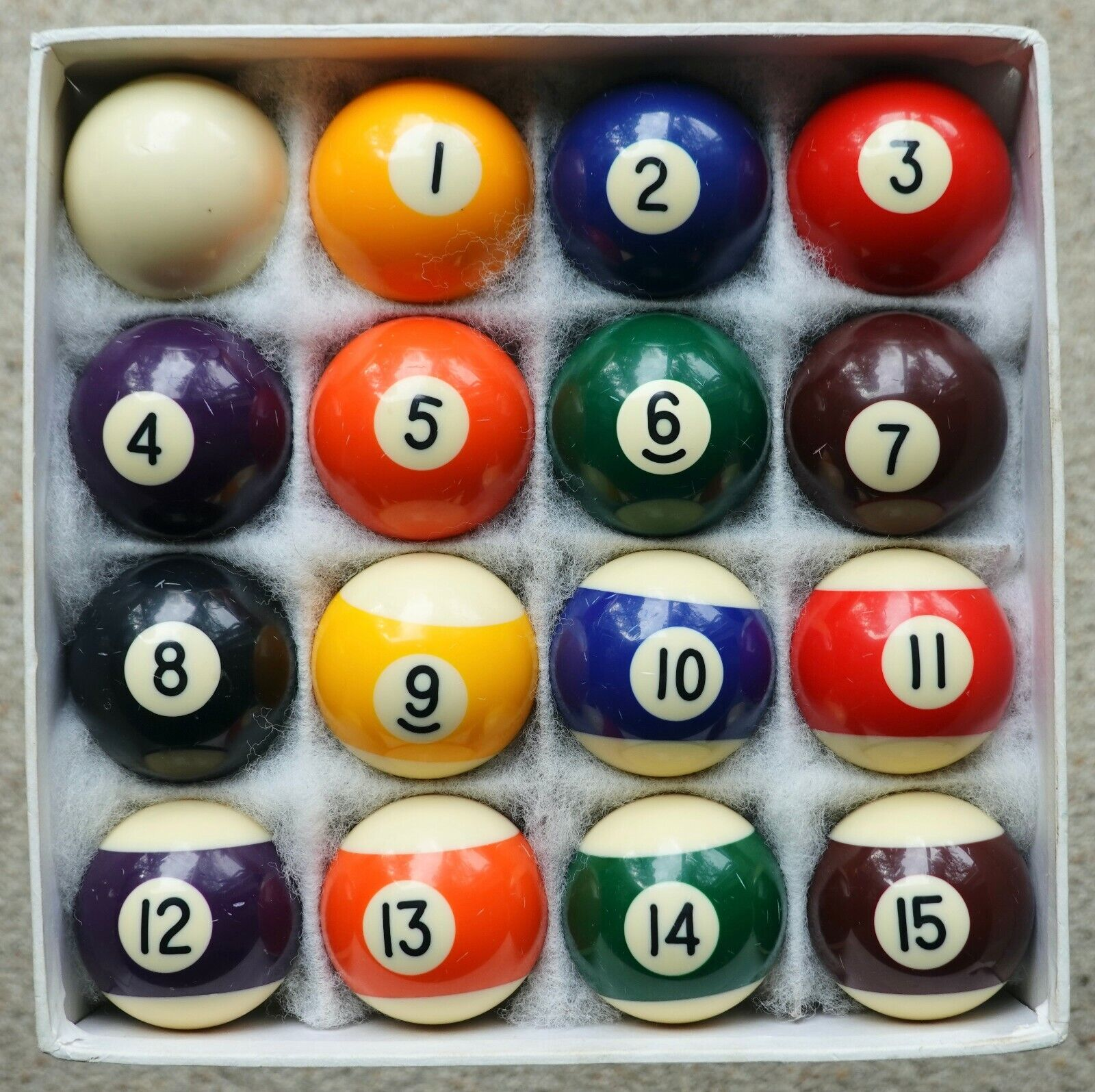 Set of pool balls - spots and stripes size 1 7/8 inch
