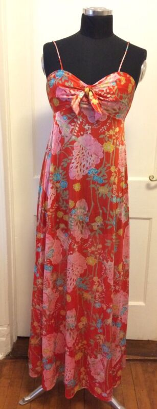 1960s Vanity Fair Vintage Floral Slip Dress