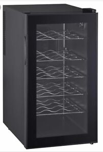 **18 BOTTLE WINE COOLER TWO MONTHS OLD**