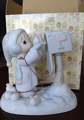 "Precious Moments Figurine ""Sending You a White Christmas"", E-2829 in Box"